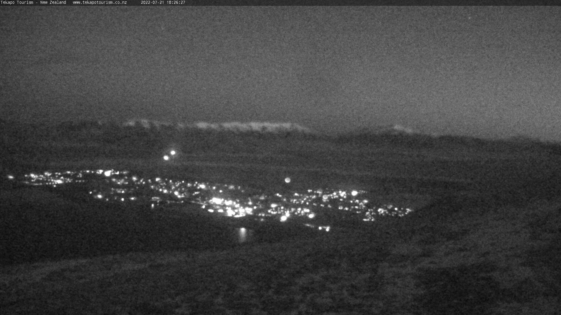 Lake Tekapo webcam. South view.